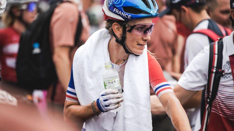 Pauline Ferrand-Prévot,à la fin de l'épreuve de VTT cross country, où elle est arrivée à la dixième position, le 27 juillet. (BALLET PAULINE / KMSP)
