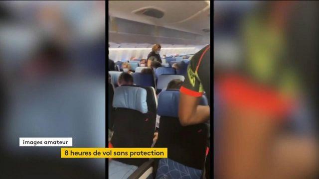 Coronavirus : huit heures de vol dans un avion plein