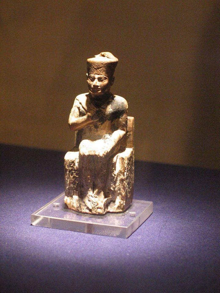 Statuette de Khéops, Musée du Caire. (Wikimedia)