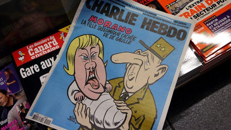 """La une de l'hebdomadaire satirique """"Charlie Hebdo"""", le 7 octobre 2015. (MAXPPP)"""