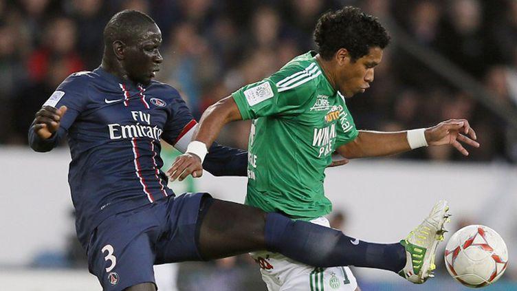 Le tacle du parisien Claude Makelele (KENZO TRIBOUILLARD / AFP)