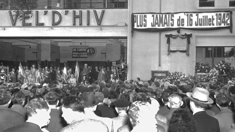 Commémoration de la rafle du Vel d'Hiv, le 16 juillet 1956, à Paris. (AFP)