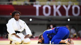La Française Clarisse Agbegnenou a dominé la CanadienneCatherine Beauchemin-Pinardpour se qualifier pour la finale des Jeux olympiques de Tokyo, dans la catégorie des moins de 63kg. (FRANCK FIFE / AFP)