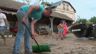 Seine-et-Marne : des villages inondés après des orages (France 2)