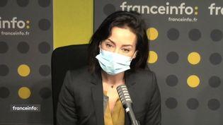 """Virna Sacchi, présentatrice de """"Pièces à conviction"""" sur France 3. (CAPTURE D'ECRAN DAILYMOTION)"""