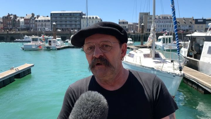 Astérix, le capitaine du Milpat. (FRÉDÉRIC CAYROU / RADIO FRANCE)