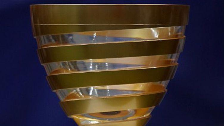 Le trophée de la Coupe de la Ligue
