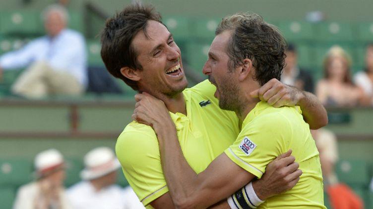 Julien Benneteau et Edouard Roger-Vasselin ont remporté le double messieurs à Roland Garros!