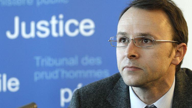 Le procureur de Genève, Yves Bertossa, a rencontré la presse mercredi 3 avril 2013 à Genève (Suisse). (DENIS BALIBOUSE / REUTERS )