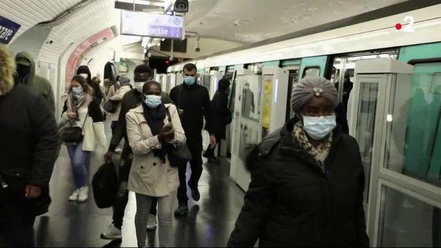Coronavirus : le port du masque bientôt obligatoire dans tous les lieux clos