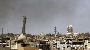 La grande mosquée Al-Nouri et le minaret penché de Mossoul (Irak), le 24 mai 2017. (AHMAD AL-RUBAYE / AFP)