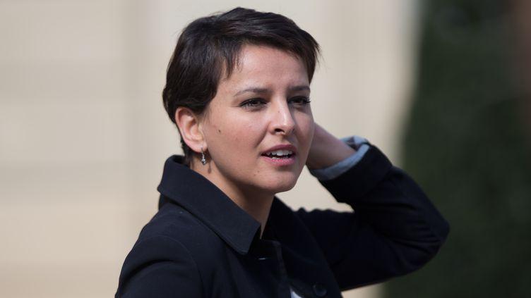 La ministre de l'Education nationale,Najat Vallaud-Belkacem, quitte l'Elysée, le 6 avril 2016. (CITIZENSIDE / YANN BOHAC / AFP)