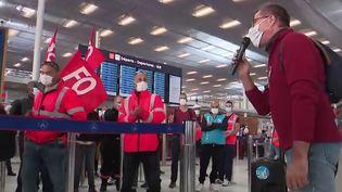 Transports : des perturbations attendues en raison de grèves à la SNCF et dans les aéroports parisiens (France 3)