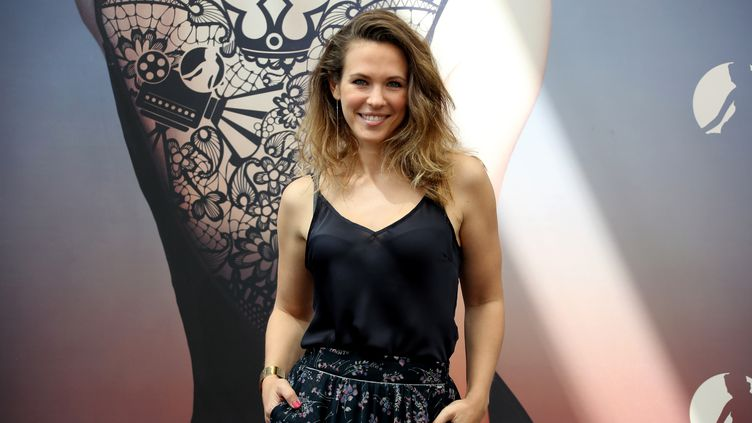 La chanteuse Lorie, à Monaco, le 16 juin 2018. (VALERY HACHE / AFP)