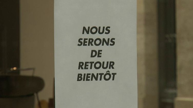 Covid-19 : Emmanuel Macron reconfine la France (FRANCE 2)