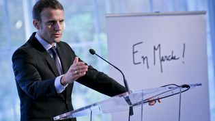Emmanuel Macron lors de la présentation des déléguées En Marche en octobre 2016. (THOMAS PADILLA / MAXPPP)