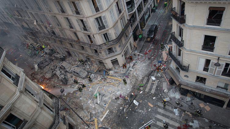 Les dégâts de l'explosion de la rue de Trévise, survenue le 12 janvier 2019 à Paris. (CARL LABROSSE / AFP)