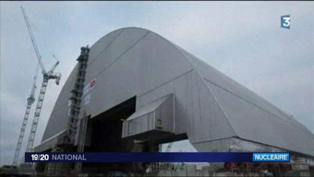 Tchernobyl : le réacteur accidenté en Ukraine recouvert d'un dôme de confinement