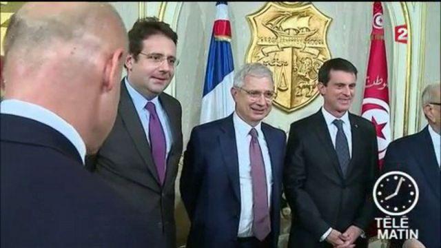 Manuel Valls rentre dans le rang