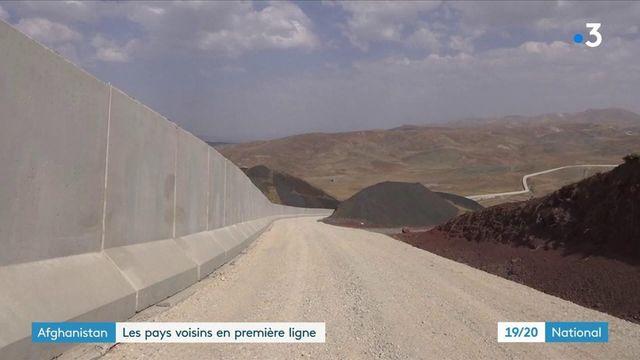 Afghanistan : les pays frontaliers s'attendent à une vague migratoire