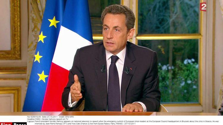 Nicolas Sarkozy s'exprime à la télévision, le 27 octobre 2011. (SIPA)