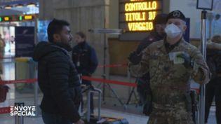 """Coronavirus : dans Milan en quarantaine, """"il y a un climat de panique générale"""" (ENVOYÉ SPÉCIAL  / FRANCE 2)"""