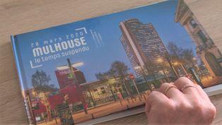 Deux euros seront reversés à l'hôpital de Mulhouse sur chaque exemplaire vendu. (France 3 Alsace)