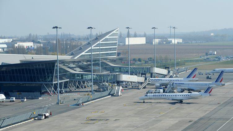 L'aéroport de Lille-Lesquin (Nord) risque d'être très perturbé dès jeudi matin. ( PATRICK JAMES / LA VOIX DU NORD / MAXPPP)