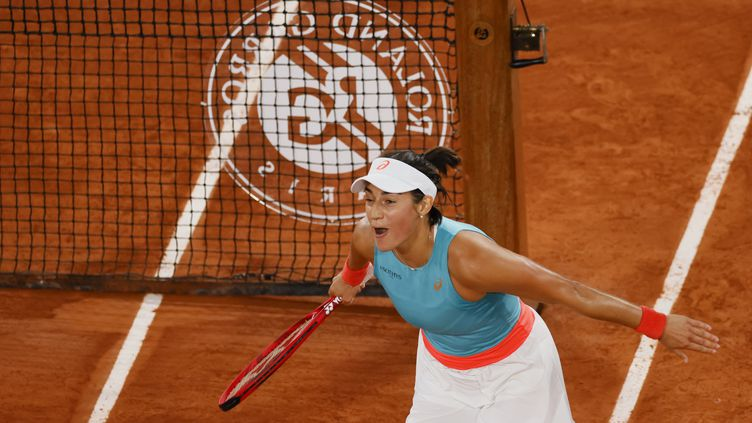 Caroline Garcia après sa victoire sur le Central, lors du troisième tour, le 2 octobre.  (THOMAS SAMSON / AFP)