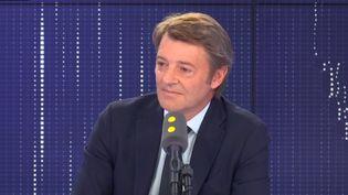 François Baroin, président de l'Association des maires de France et maire Les Républicains de Troyes, était l'invité de franceinfo le mercredi 9 octobre 2019 (FRANCEINFO / RADIOFRANCE)