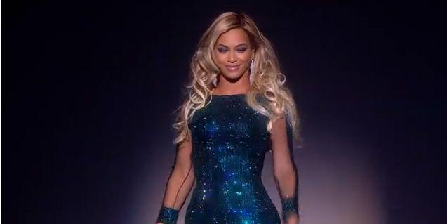 Beyoncé aux Brit Awards 2014  (Brit Awards)