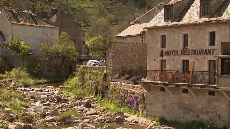 Lozère :réduction des services publics, la colère d'un maire (France 3)