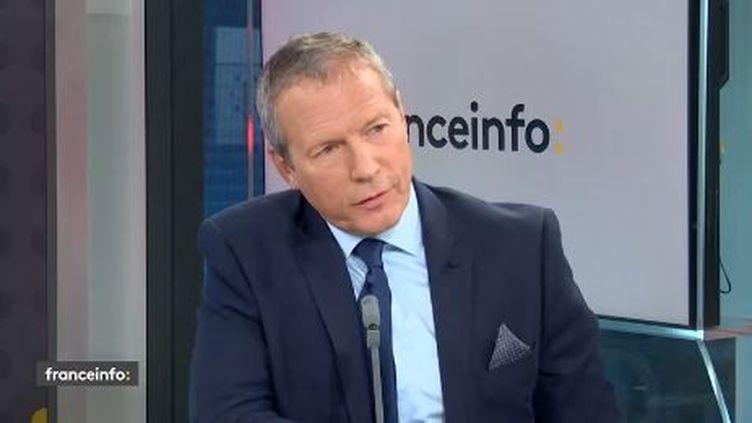"""Le député LREM Jean-Michel Fauvergue était l'invité du """"18h50 franceinfo"""" le mercredi 2 septembre (capture écran).  (FRANCEINFO / RADIOFRANCE)"""