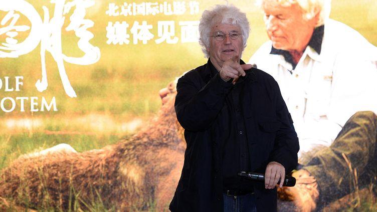 """Le réalisateur Jean-Jacques Annaud lors d'une conférence de presse sur son film """"Le Dernier Loup"""", le 21 avril 2014. (AFP)"""