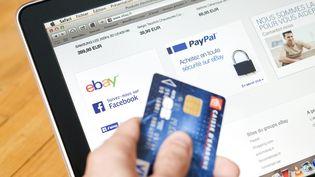 Attention à vos achats sur Internet pendant cette période de fêtes. (Photo d'illustration) (MAXPPP)