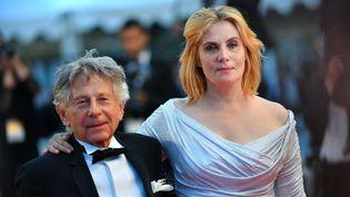 Emmanuelle Seigner avec son mari Roman Polanski à Cannes en mai 2017.  (LOIC VENANCE / AFP)