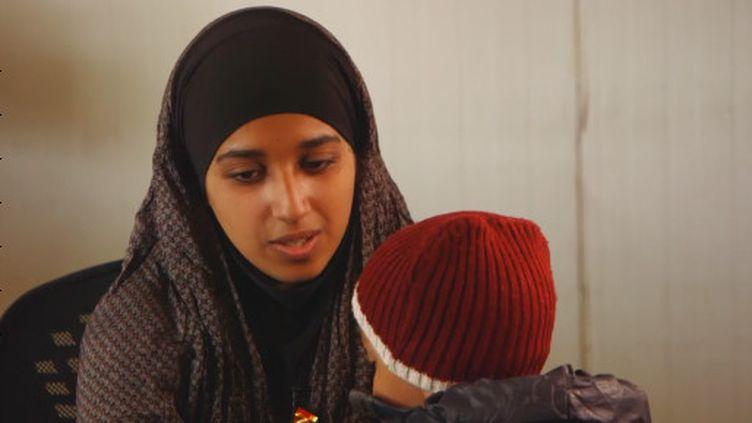 Une djihadiste américaine souhaite rentrer dans son pays (France 24)