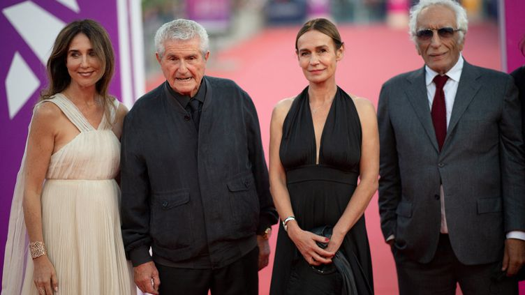 Elsa Zylberstein, Claude Lelouch, Sandrine Bonnaireet Gérard Darmon le 9 septembre 2021 au festival de Deauville (LOIC VENANCE / AFP)