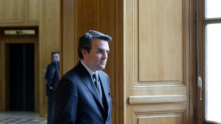 Thomas Thévenoud, le 29 mars 2016,dans les couloirs de l'Assemblée nationale à Paris. (ALAIN JOCARD / AFP)