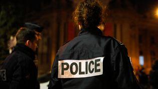 Des policiers à Paris, le 20 décembre 2019. (LAURE BOYER / HANS LUCAS / AFP)