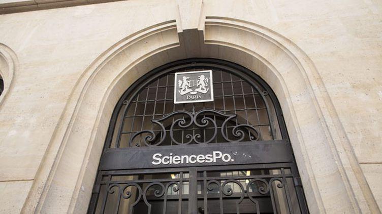 (La façade de Sciences Po Paris, en juin 2013 © MaxPPP)