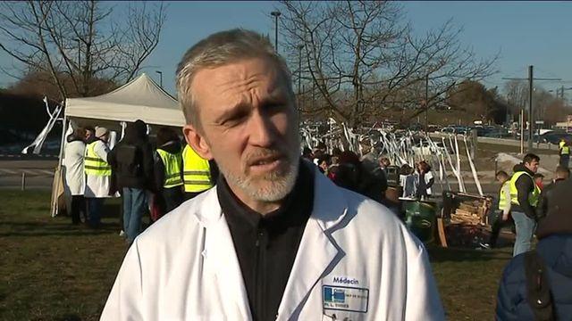 """""""Gilets jaunes"""" : un neurochirurgien dénonce des blessures """"de guerre"""" et lance une pétition contre les LBD"""