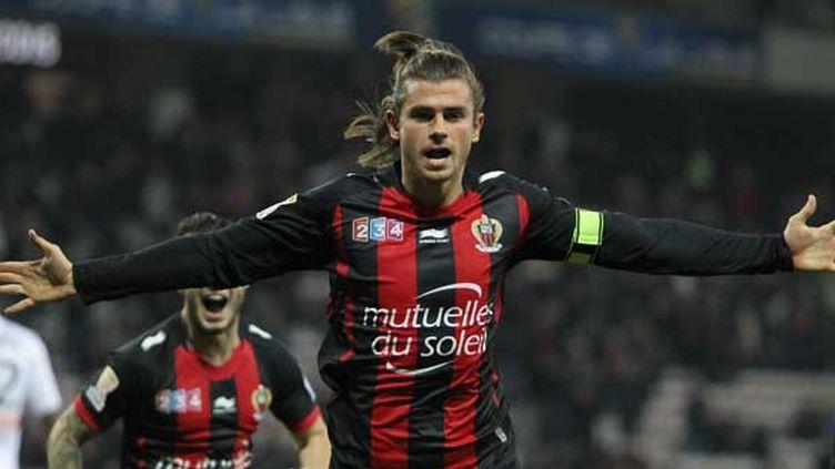 Nemanja Pejcinovic a marqué pour les Aiglons le premier but de la rencontre.  (JEAN CHRISTOPHE MAGNENET / AFP)