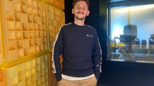 Ben Névert au studio du Quart d'Heure (CHLOE CENARD / FRANCEINFO)
