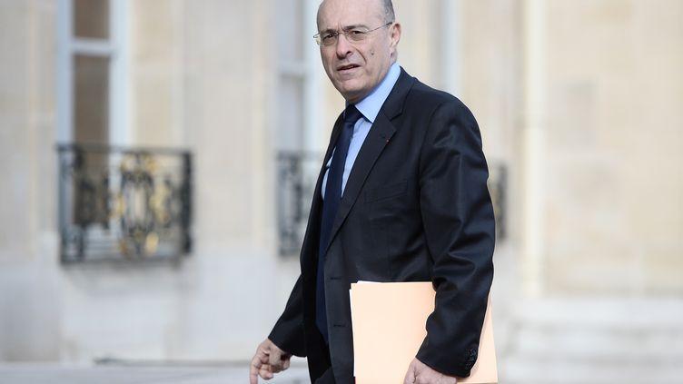 Le directeur général de la police nationale, Jean-Marc Falcone, arrive à l'Elysée, à Paris, le 12 avril 2016. (STEPHANE DE SAKUTIN / AFP)