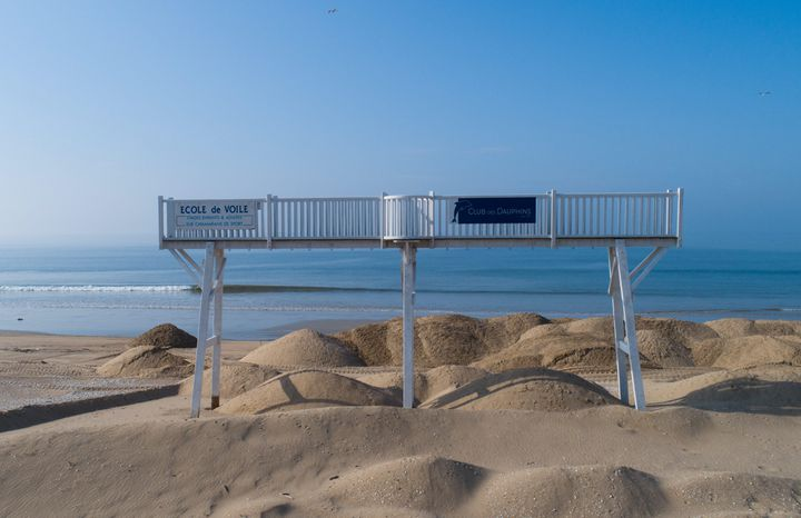 La plage de La Baule (Loire-Atlantique), le 26 avril 2020. (FRANCK DUBRAY / MAXPPP)
