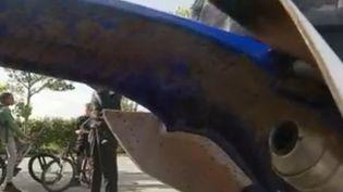 L'arrière d'une moto (FRANCE 3)