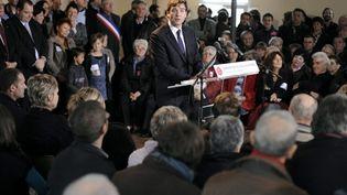 Arnaud Montebourg, député PS et candidat aux primaires, lors d'un discours en présence de ses militants le 20/11/2010. (AFP - Jeff Pachoud)