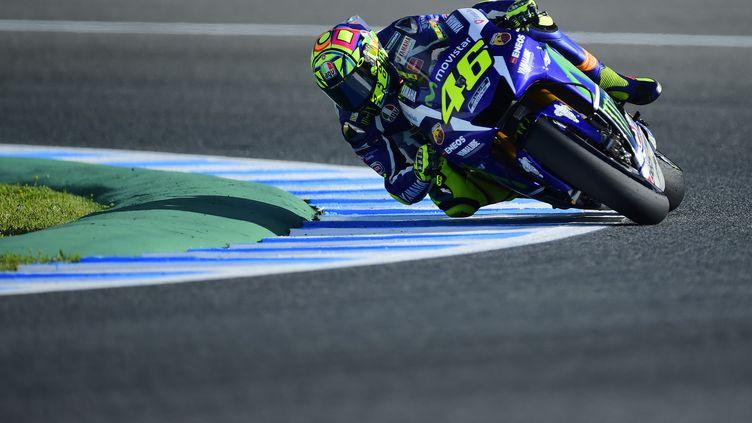 Valentino Rossi au guidon de sa Yamaha (CRISTINA QUICLER / AFP)