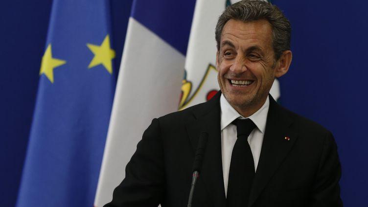 Nicoals Sarkozy inaugure l'institut Claude-Pompidou, centre de recherche contre la maladie d'Alzheimer, le 10 mars 2014, à Nice (Alpes-Maritimes). (VALERY HACHE / AFP)